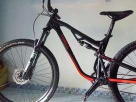 Dijual sepeda mau ganti diatasnya