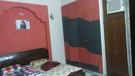 1 fully furnished room available in 3 BHK flat
