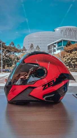 Helm Fullface Zeus 811 + Visor Iridium Silver + Spoiler