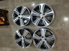 16inch verna Diamond Design OEM alloys set of lite used