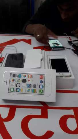 New iPhone 5S 16GB with 1  MONTHS SELLER WARRANTY, accessories &bill