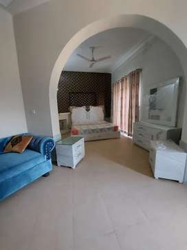 Beautiful Rooms Furnished For Rent