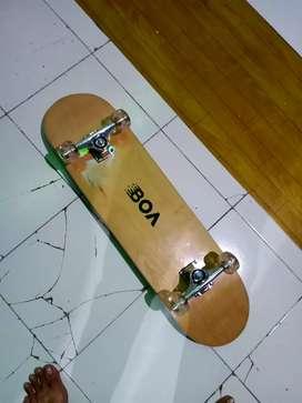 skateboard baru masih diplastikin