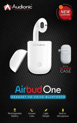 Letest dainy and audionic air buds are available at whole sale price