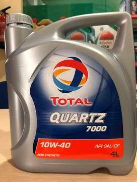 OLI MESIN MOBIL TOTAL QUARTZ 7000 10W/40