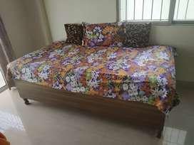 Diwan Bed / Divan Bed / Single Bed
