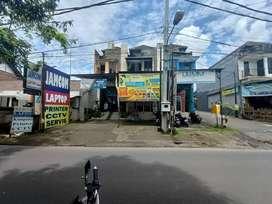 Dijual CEPAT Murah RUKO 2 Lt. Depan Jalan Utama, Kota Gianyar