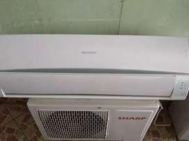 Di jual AC Sharp 1 PK lowwat normal dan dingin