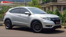 Honda HRV 1.5 E CVT AT 2015 Electric Handbrake Siap Pakai!!!