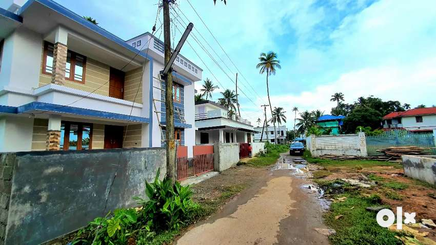 New 3bhk villas in Paravoor town with bank loan. 0