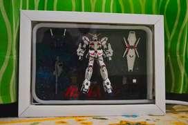 Gundam in frame Unicorn