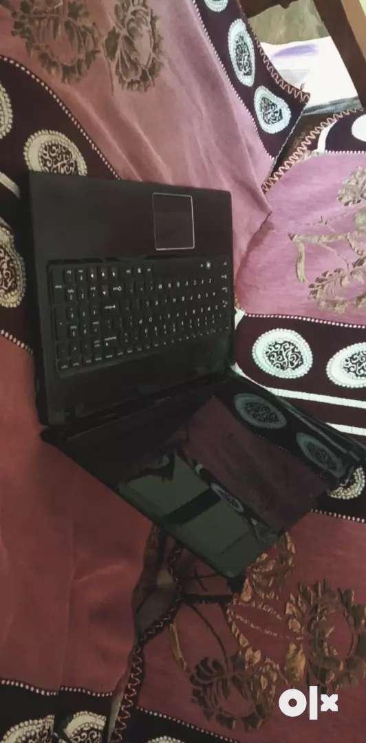 Lenovo Laptop 0