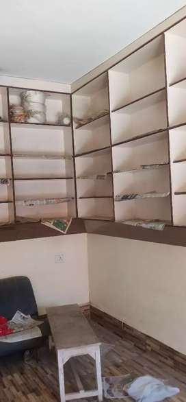 Shop for sale gud condition ready to move
