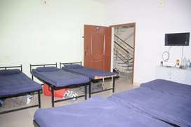 Men's Hostel-PG -Paying Guest with Food in Velachery Main