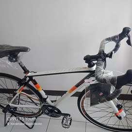 ROADBIKE STRATTOS S3 2021 BARU