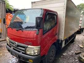 Truck Hino Dutro 130 MDL Box Alm 5 Mtr 2012 Ex Rokok Toyota Dyna