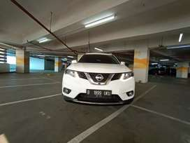 Nissan xtrail AT 2015
