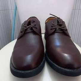 Sepatu Pantofel Yilini 43