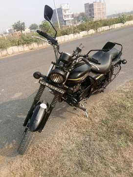 Avenger 150CC Street new model 2017 new condition no scratches on bike