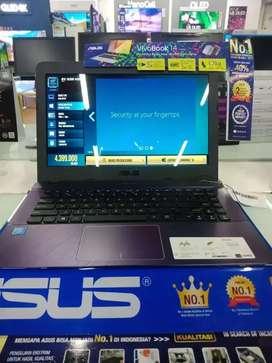 Laptop Asus L7N0CV10K131295 Menerima Cicilan DP 10%
