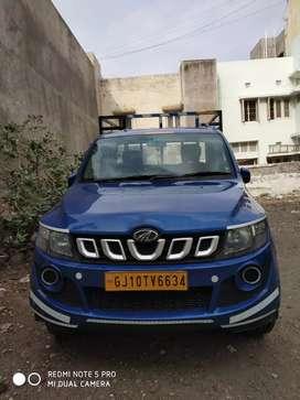Mahindra Imperio pickup