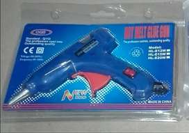 Hot Glue Gun with 5 glue sticks 7mm