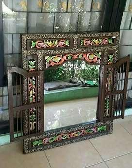 Cermin Krepyak Gapura Jawa Desain Jendela Berpintu Jati Warna Jepara