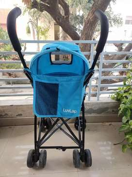 Luvlap Stroller in excellent condition