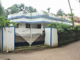 2 bhk 1000 sqft commercial or residential house at thottakattukara