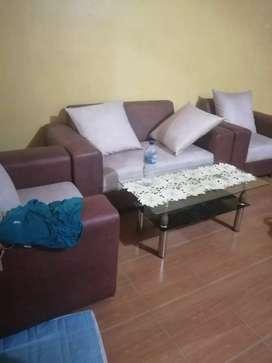 Jual sofa barang bagus