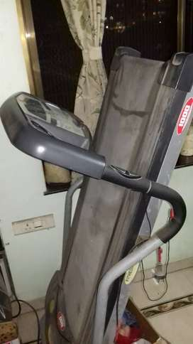 Treadmill (fitness world) not used but working
