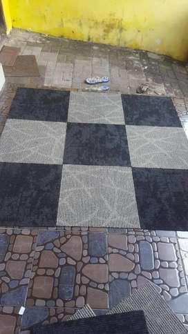Grosir karpet tile bongkar pasang 50×50cm