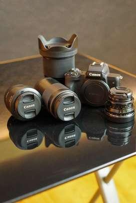 Paket canon eos m50 + 4 lensa