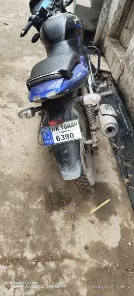 New bike hn Bhai paise k jarurt hn esliya Bak raha hu bik ak no ki hn