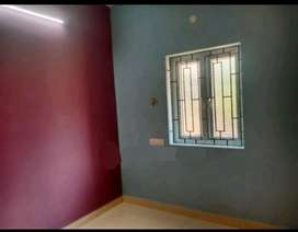HOUSE FOR LEASE IN PORUR JUNCTION. 4LAKHS.1BHK. FIRST FLR EAST FACING