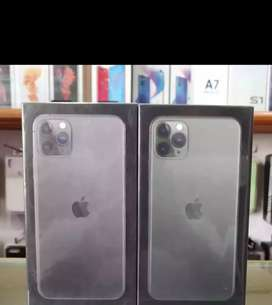 Am selling my brand new iPhone