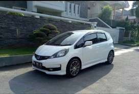 HONDA JAZZ RS TH 2013