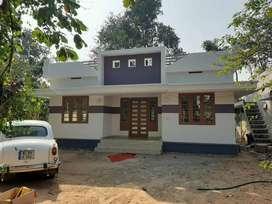 800 SqFtvilla/ 5.5cent/2 bhk/ 40 lakh/kanimangalam Thrissur