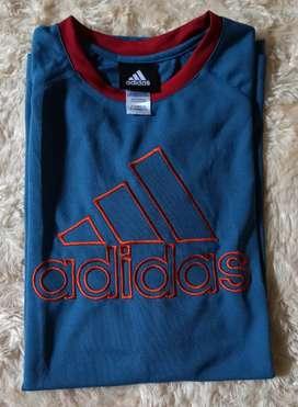 Kaos olahraga Adidas