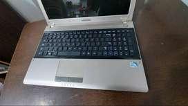 "samsung laptop, 4gb, 500gb, 15.6"" screen"