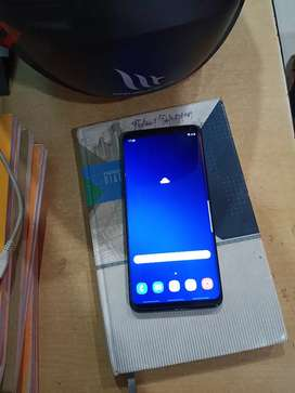 Samsang s9 plus  brand new 6 gm Ram .. no used sell pack