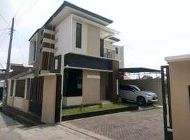 New Rumah siap huni di jl.Kaliurang km9 utara UGM