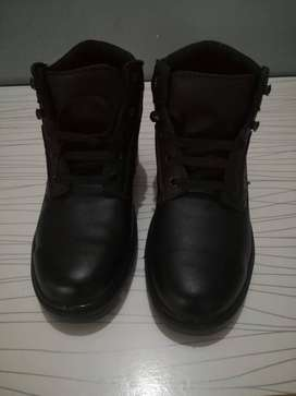 Safety Boots size 6
