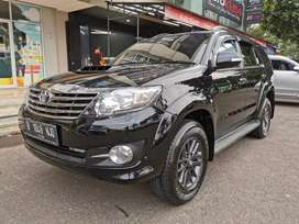 Toyota Fortuner G VNT matic 2015 super condition low KM record astra