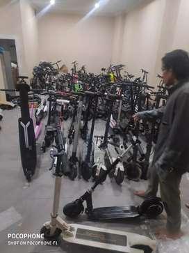 Jual berbagai macam scooter dan sepeda listrik utk mainan anak