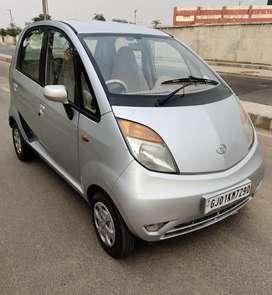 Tata Nano LX - Modal 2011