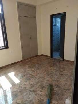 Abhi Nahi To Kabhi Nahi ready to move apartments Noida extension