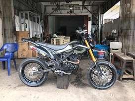 Kawasaki dtracker SE 150 2019