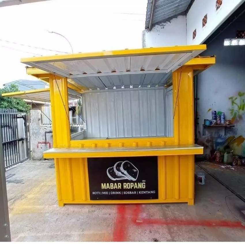 Booth Container 0