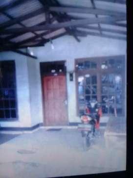 Dijual Rumah Stategis Pinggir Jalan Raya